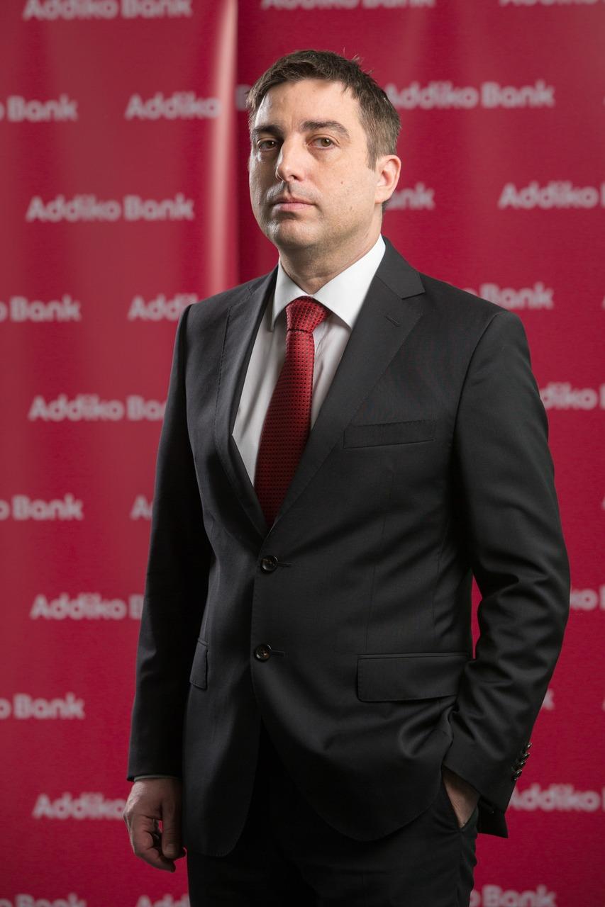 Miha Mihič, član uprave (CFO, CMO)